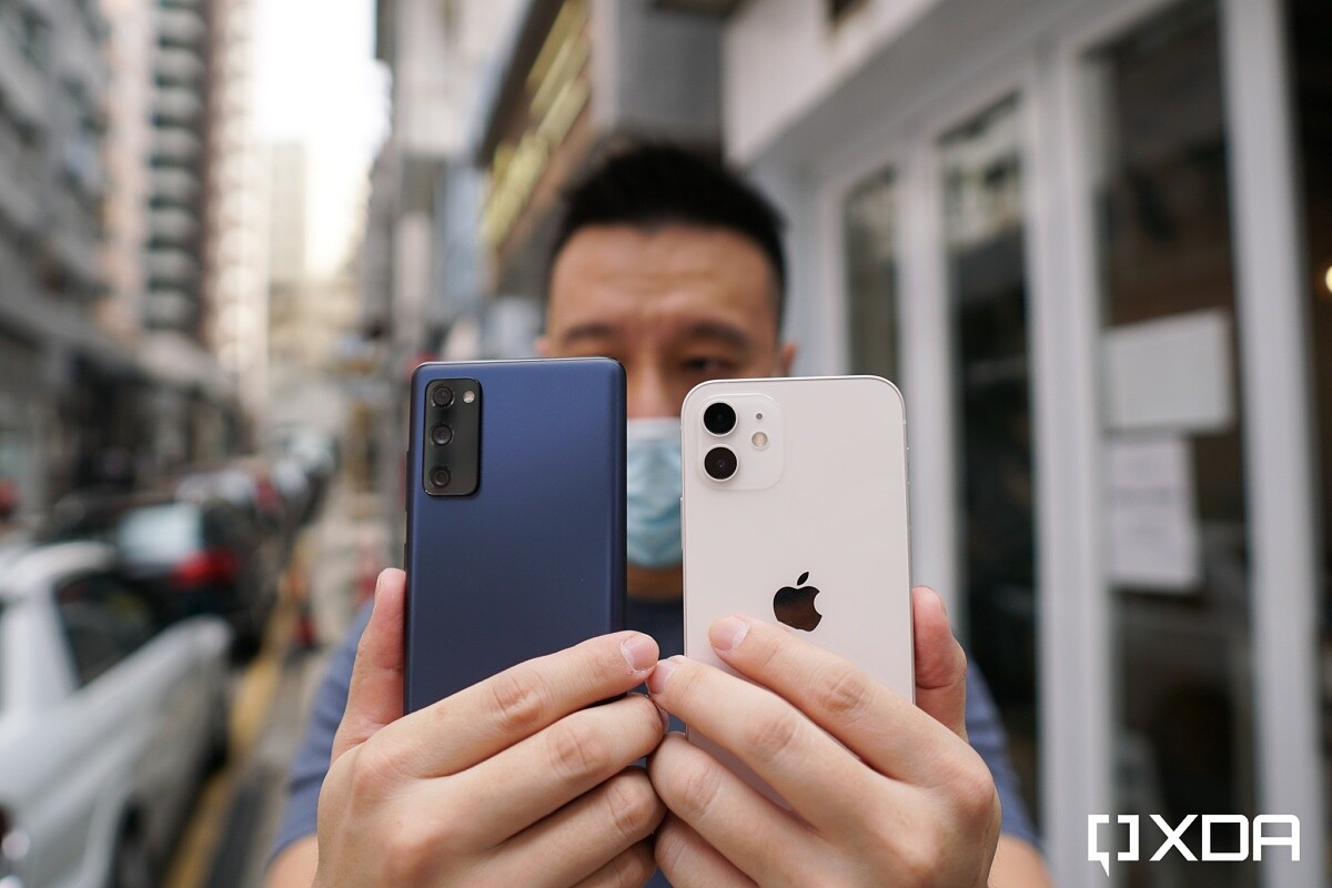 Apple iPhone 12 vs Samsung Galaxy S20 FE: Battle of the affordable flagships - XDA Developers