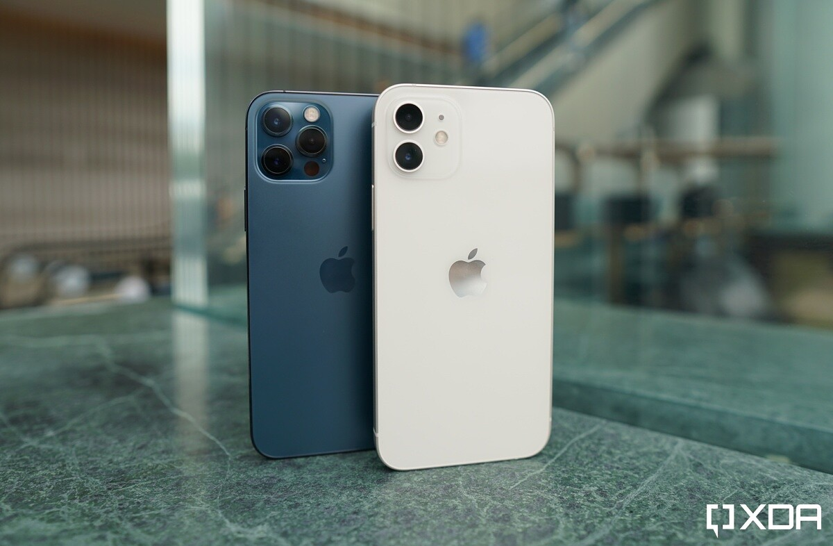 iphone11 vs iphone 12 xda7.'