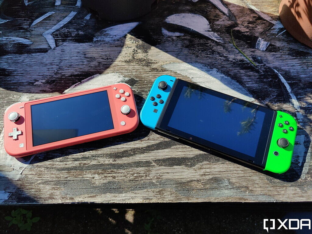 nintendo switch and switch lite, topside, outside