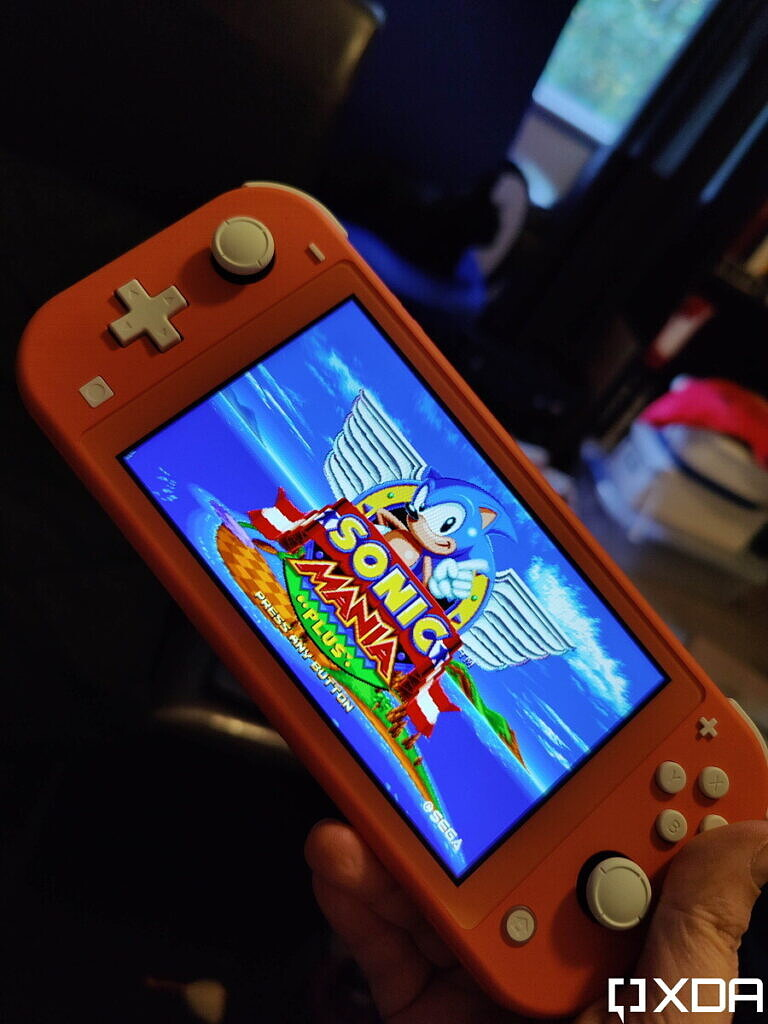 switch lite with Sonic Mania title screen
