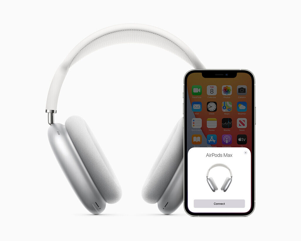 Apple AirPods Max connection process