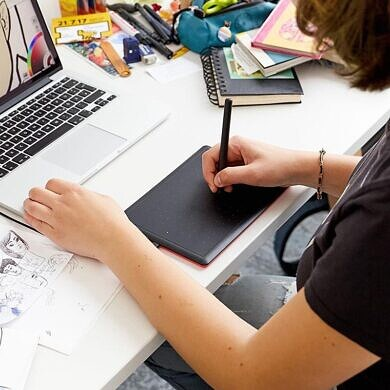 The One by Wacom drawing pad is now fully compatible with Chromebooks