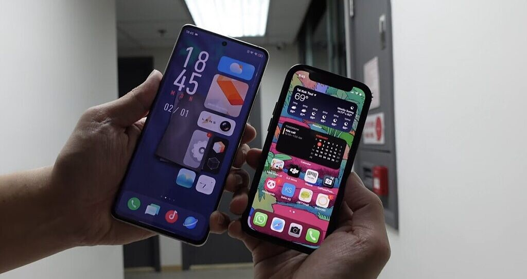 OriginOS and iOS 14 side by side