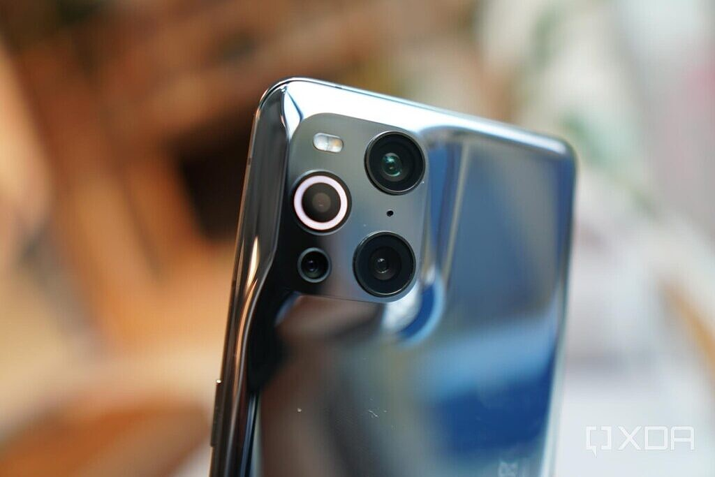 OPPO Find X3 Pro camera system