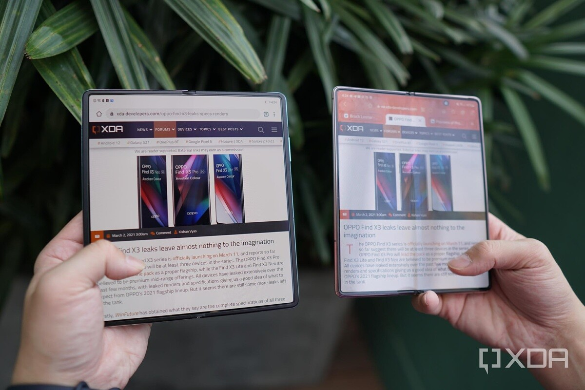 The Huawei Mate X2's screen crease is hardly noticeable compared to the Samsung Galaxy Z Fold 2's screen crease.