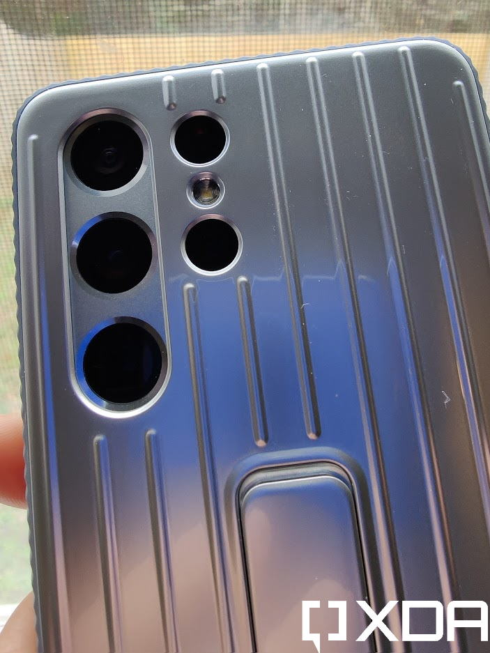 Samsung Rugged Protective Case back view