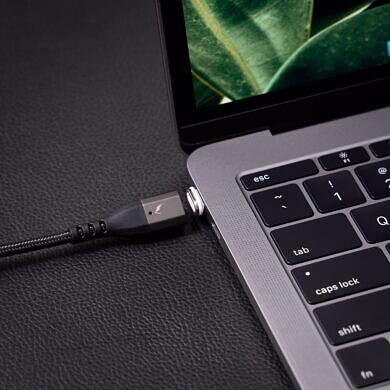 VOLTA Spark Brings MagSafe-style Cables to USB-C