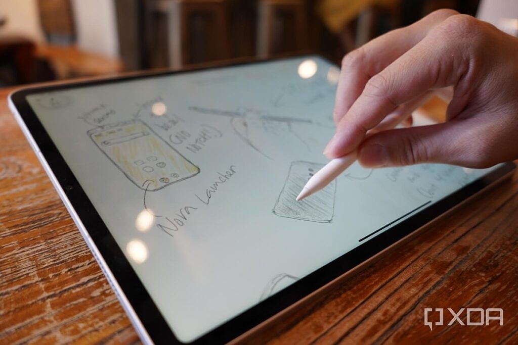 Shading with the Apple Pencil on the 2021 iPad Pro.