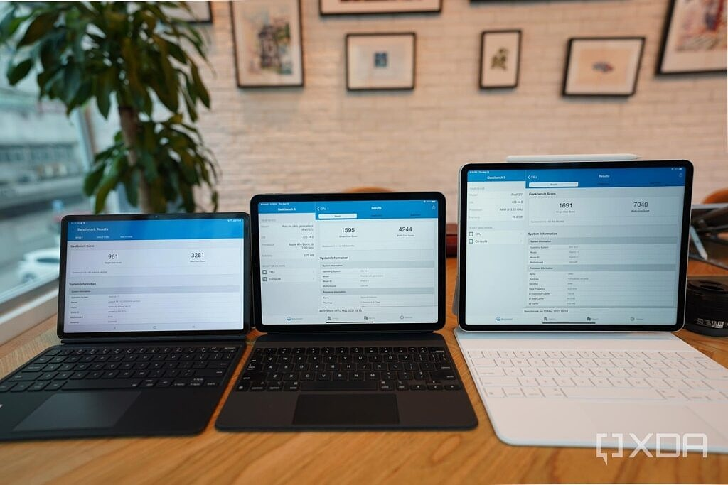 Benchmark scores for the Galaxy Tab S7, iPad Air 2020 and iPad Pro 2021