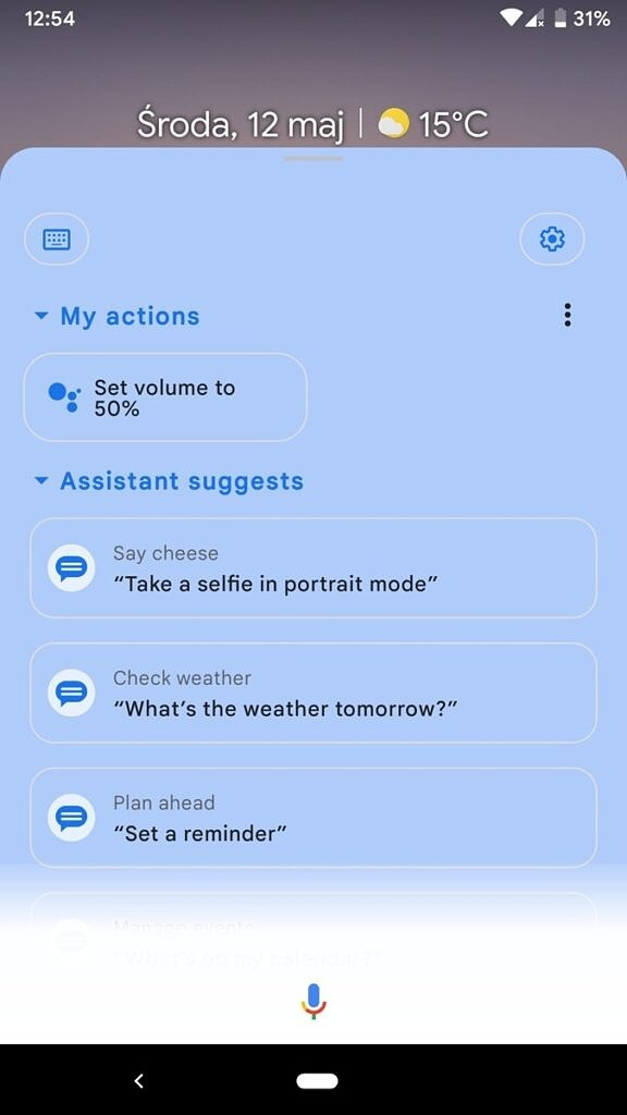 Google Assistant expanded view with blue background