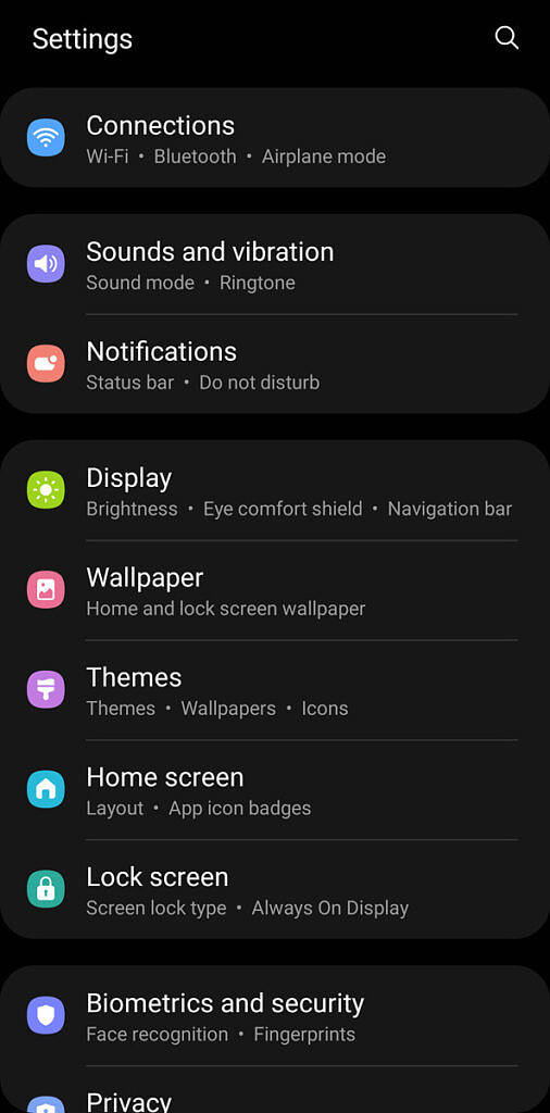 Settings page in One UI 3.1