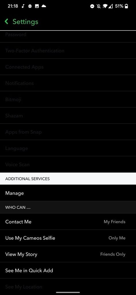 Snapchat settings showing inconsistent dark mode