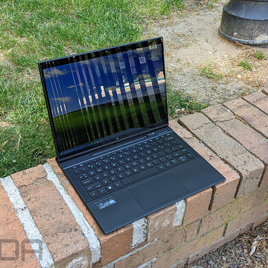 Does the HP Elite Folio have 5G?