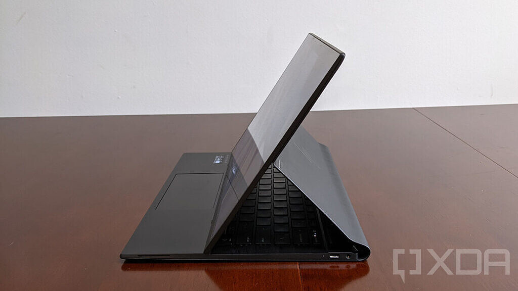 Side view of Elite Folio showing USB port and headphone jack