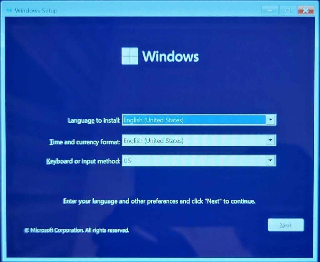 Language selection during a Windows 11 clean install
