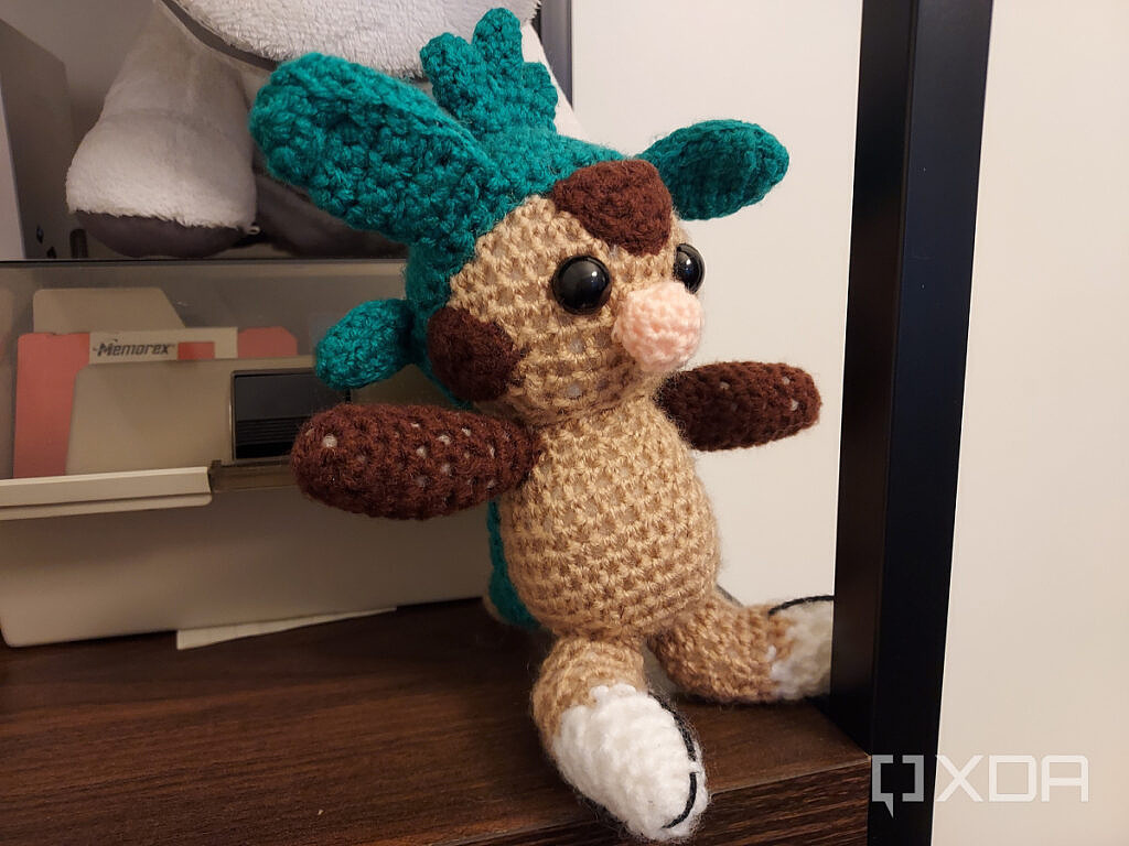 Chespin knitted
