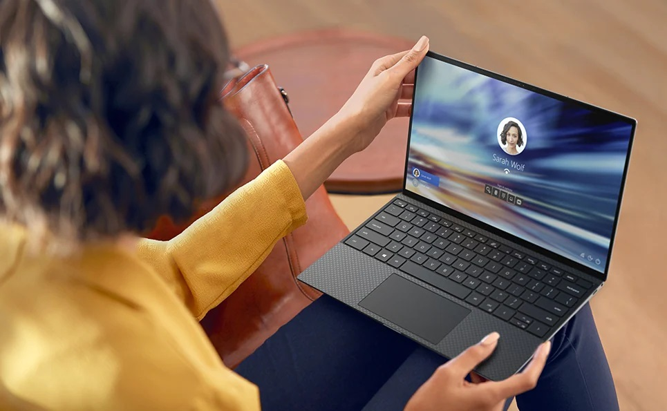 Dell XPS 13 9310 in action