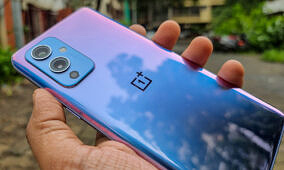 OnePlus will let you turn off app throttling in OxygenOS 12