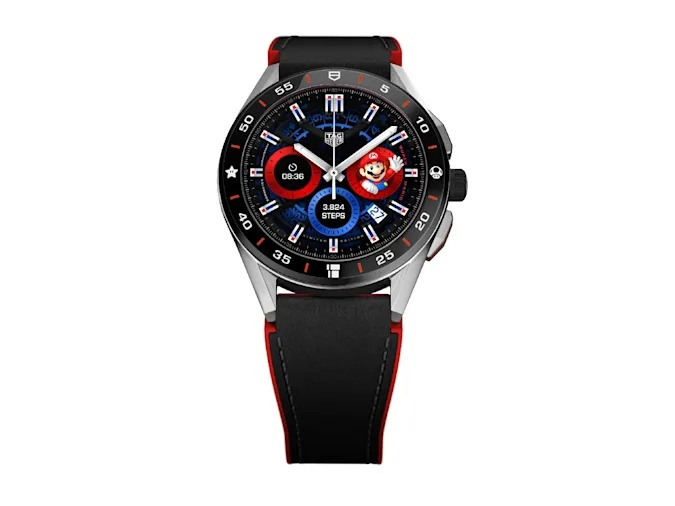 Front view of the TAG Heuer Connected Super Mario Limited Edition