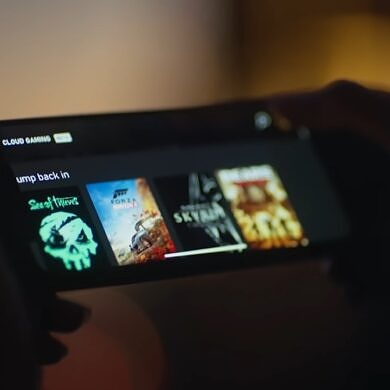This Week in Gaming: Sony acquisitions, Xbox Cloud Gaming on iOS, and the return of Control