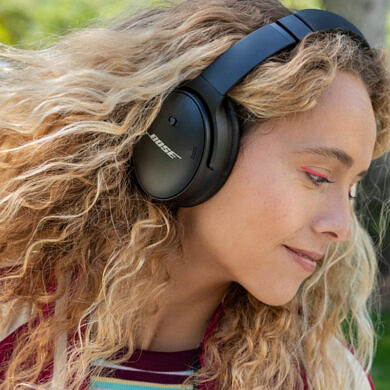 Bose's new QuietComfort 45 headphones offer better ANC capabilities and a 24-hour battery life