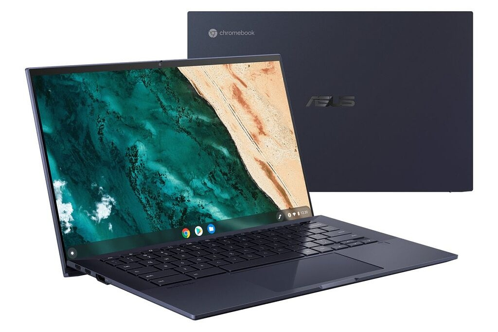 ASUS CX9 open and closed
