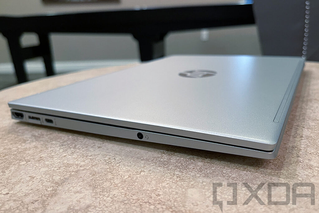 Side view of HP Pavilion Aero 13 showing chamfered front