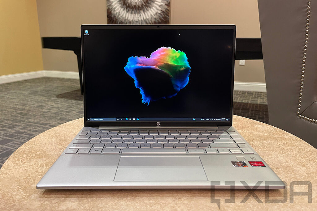 Front view of HP Pavilion Aero 13