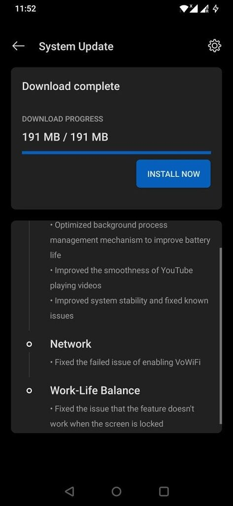 OxygenOS 11 Open Beta 3 being downloaded on a OnePlus 6