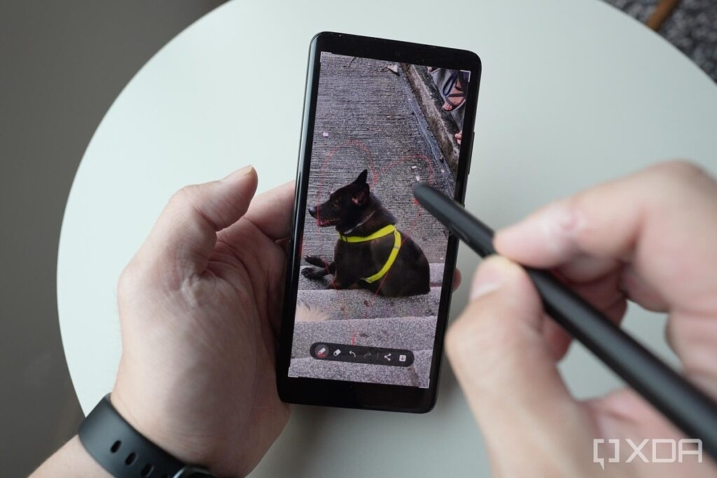 S Pen Pro with a Galaxy S21 Ultra