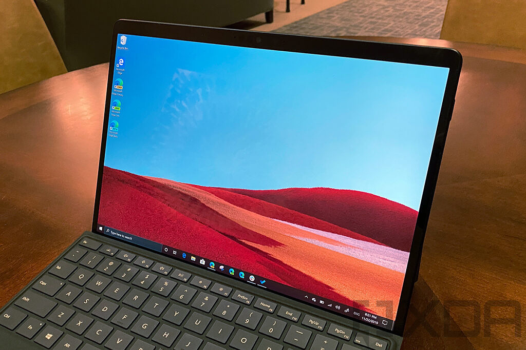Screen on the Surface Pro X