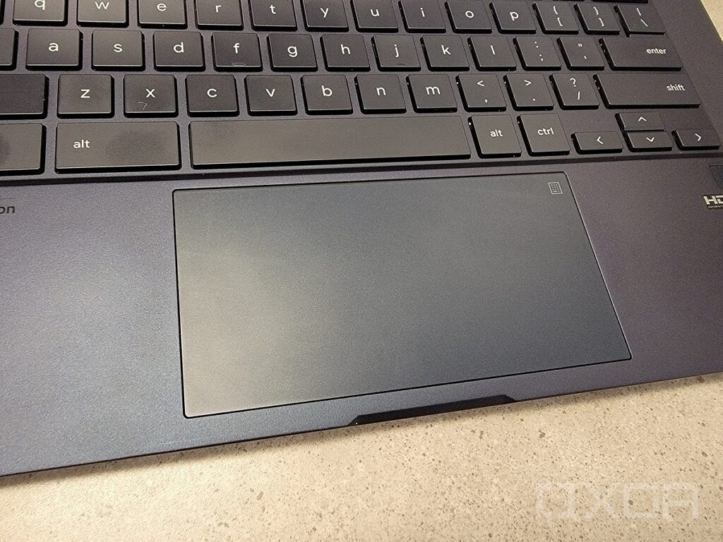 CX9 touchpad