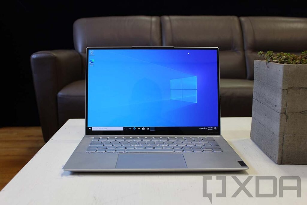 Front view of Lenovo IdeaPad Slim 7 Carbon on white table
