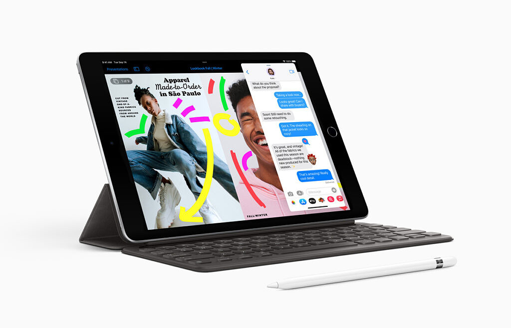 iPad 9th gen with keyboard cover and apple pencil