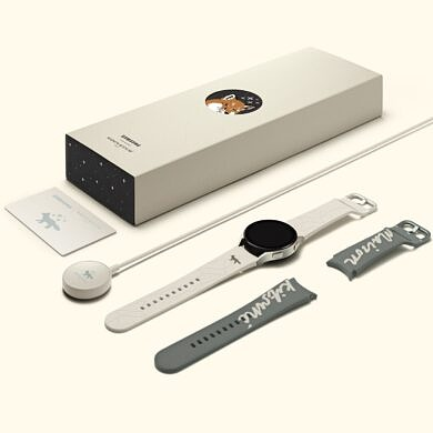 Samsung Galaxy Watch 4 and Buds 2 are now available in special Maison Kitsuné Edition